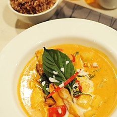 52. Pineapple Curry
