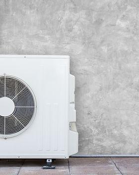 Der Oxy3-Car desinfiziert nicht nur das Fahrzeuginnere, sondern auch die Klimaanlage im Auto.