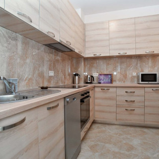Front Line Luxury 2BD Apartment in Budva
