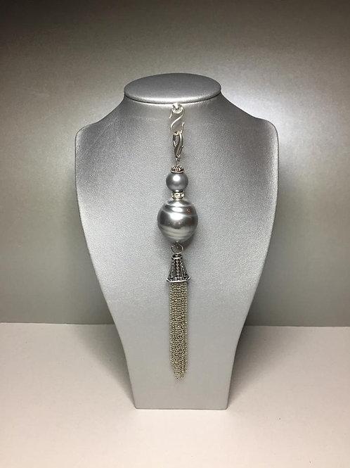 Anhänger für lange Ketten oder Taschen aus Imit.Perlen und Metall