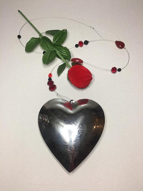 Wandschmuck Metallherz klein mit Glasperlen und Metallteilen