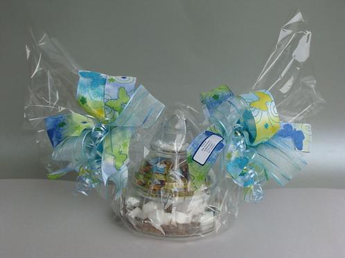 Glaspyramide gefüllt und folienverpackt