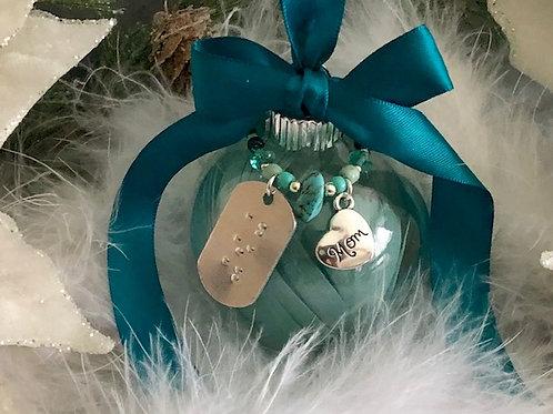 Braille Ornament - Mom