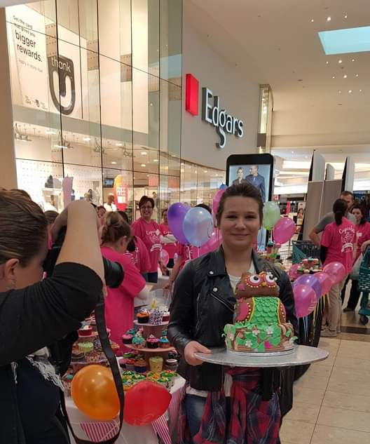 celebrity baker for cupcakes for cancer