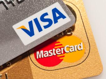 Memilih Kartu Kredit Dengan Kurs Mata Uang Asing Yang Lebih Rendah