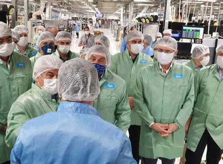 Ministro Marcos Pontes visita Sorocaba para conferir produção de respiradores