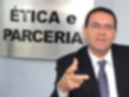 219163-4686184-Vitor_Lippi.jpg