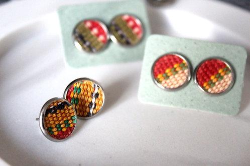 ATITLÁN stud earrings