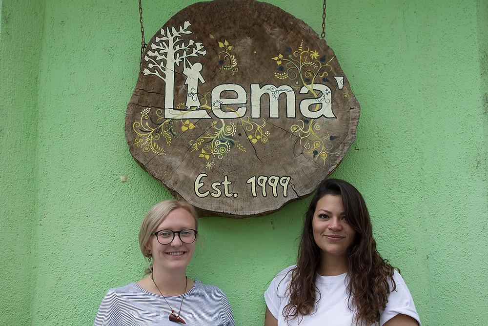 INDIENA zu Besuch bei der Organisation Lema´ . Oragnisation für Weberinnen in Guatemala. Handgewebte Textilien, Guatemala, natürlich gefärbt