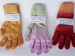 "This weeks spotlight – Robin Deas ""Quirky"" cashmere scarf and glove sets"
