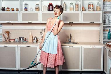 Hausaltshilfe | Putzfrau | Umzugsreinigung