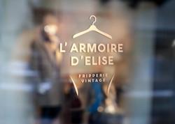 """""""L'Armoire d'Elise"""" Vitrine"""