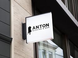 Anton, Enseigne