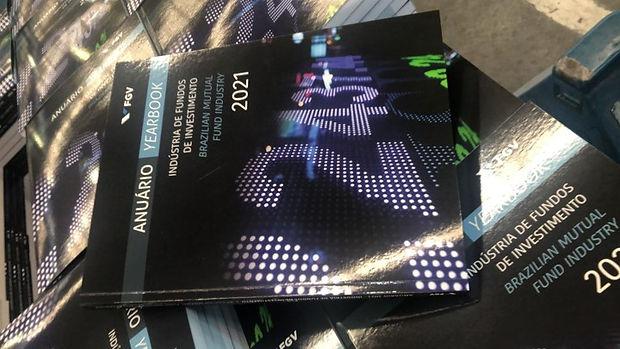anuario2021impresso.jpg