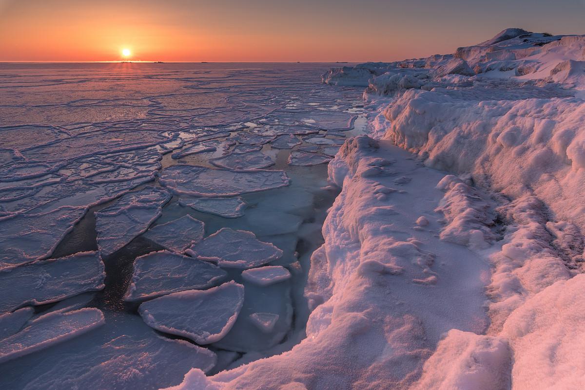 29. Icy dawn