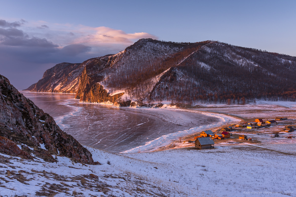 Вид с горы Толгой на Узуры