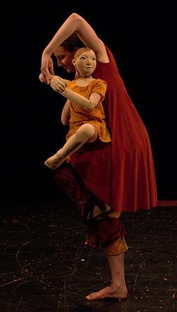 Aeterna, danse marionnette, Elsa Marquet Lienhart