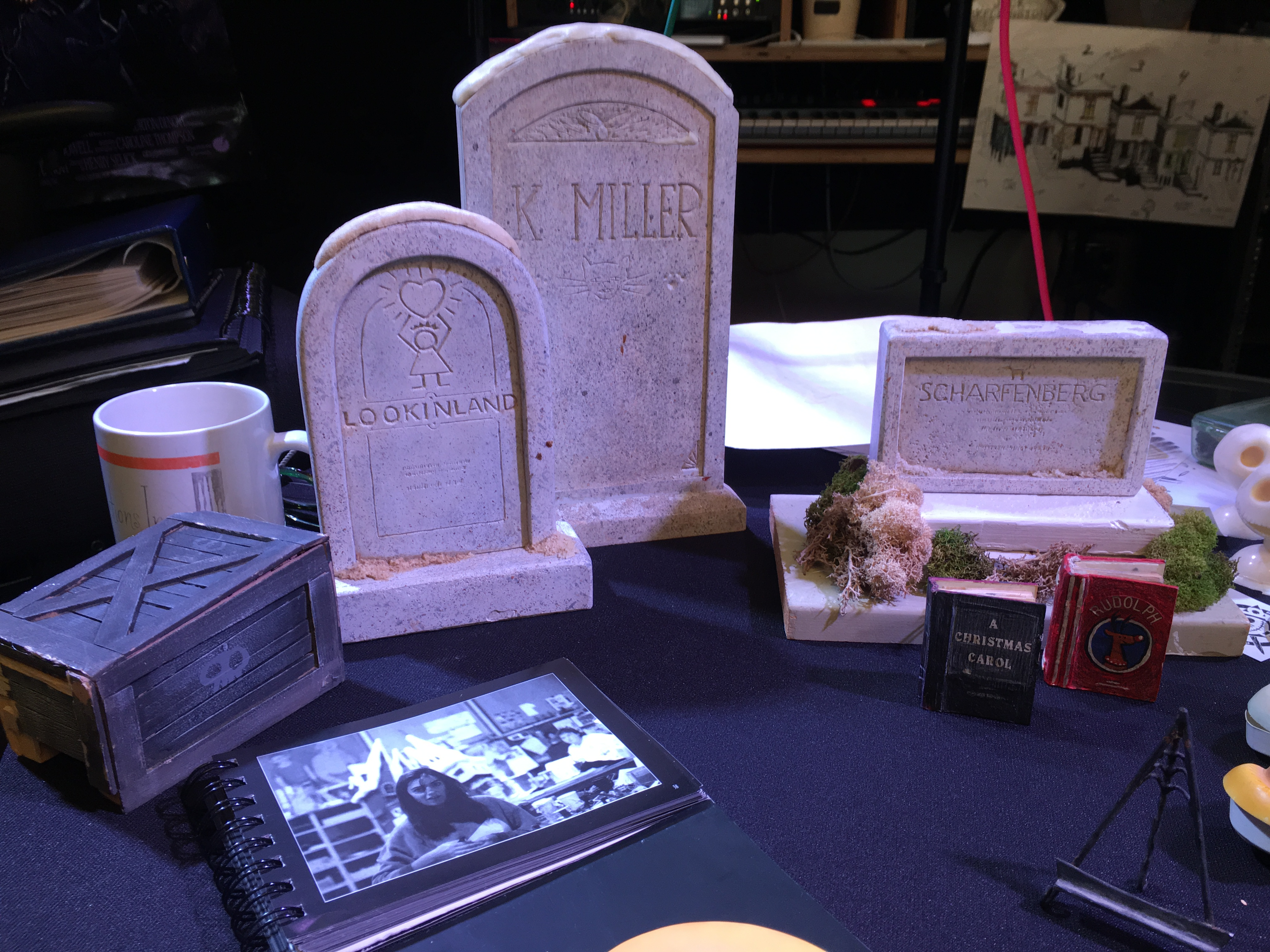 Tombstones and various props