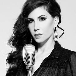 Singer Maya Simantov