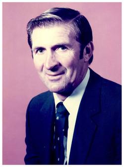 1984 Dennis Gee