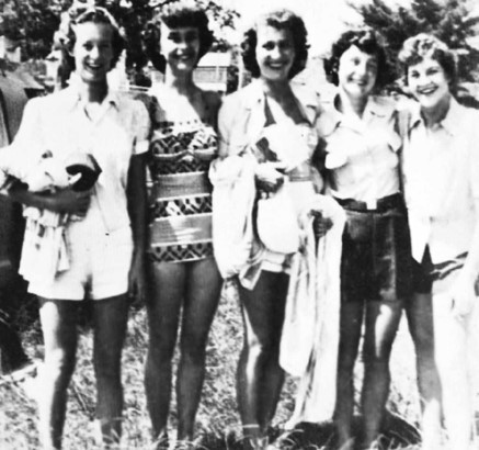 1950-1951- Some of our lovely Ladies Auxillary: J.Adams, H.Lovell, V.Poole, P.Allen & A.Laird