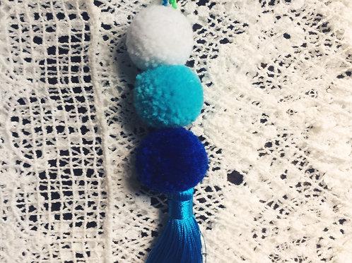 BLUE POMPOM KEYCHAIN