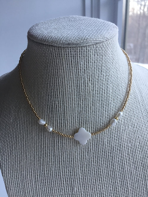 GOLD PEARL LOVE CHOKER