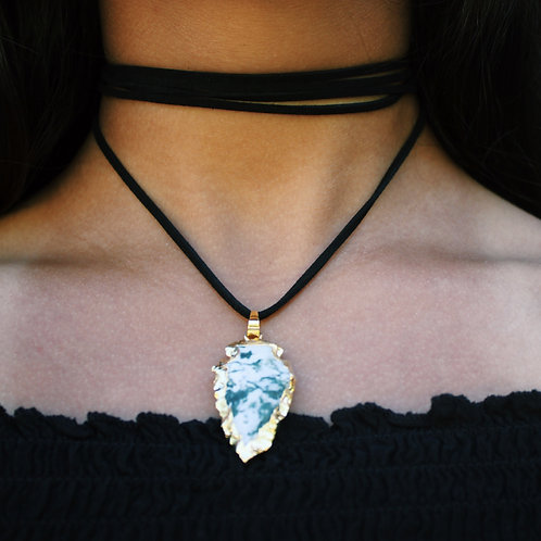 SUEDE ARROW STONE CHOKER