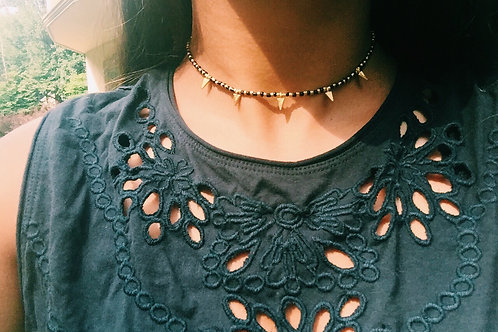 ARROW CHOKER