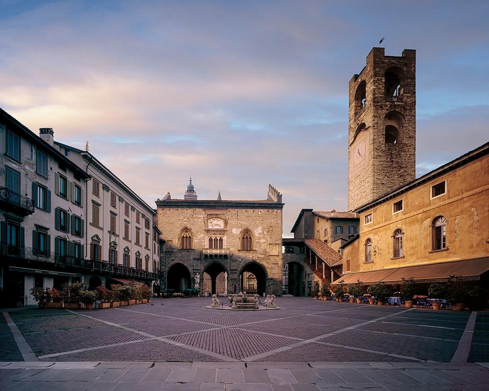Piazza Vecchia - Campanone - Palazzo della Ragione