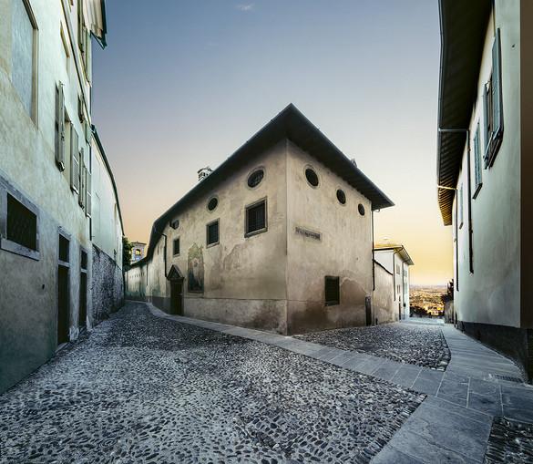 Via Arena - Monastero delle Suore Benedettine di Santa Grata