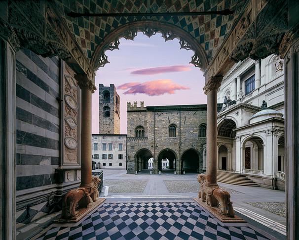 Campanone - Palazzo della Ragione - Duomo dalla Basilica di Santa Maria Maggiore