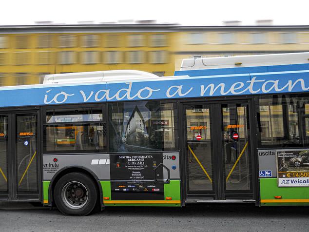 affissioni sui mezzi pubblici