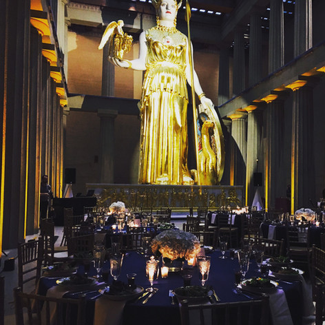 Parthenon with uplighting - Bruce pic.jp