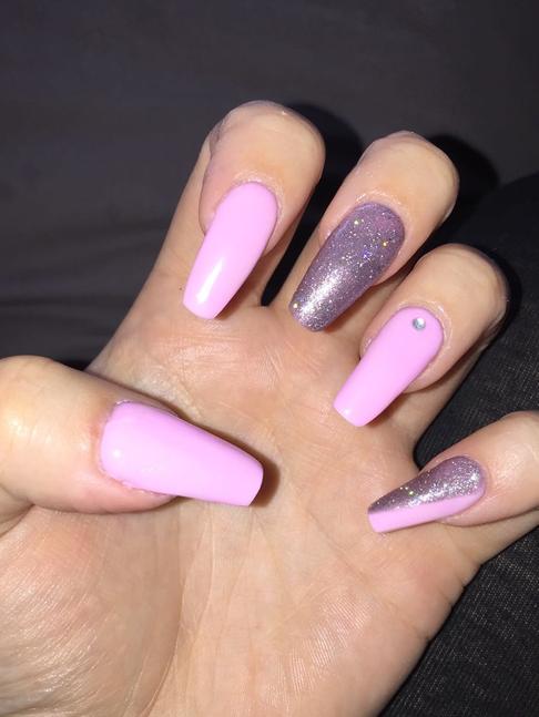 char-nails.png