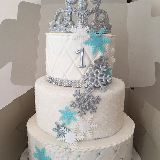 winter wonderland birthday cake