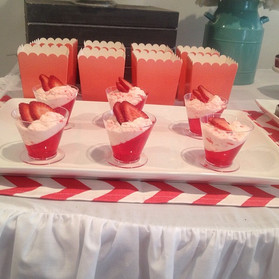 strawberry mousse dessert shooters