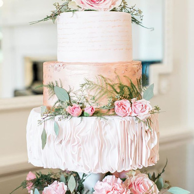 Romantic Rose Gold Wedding Cake
