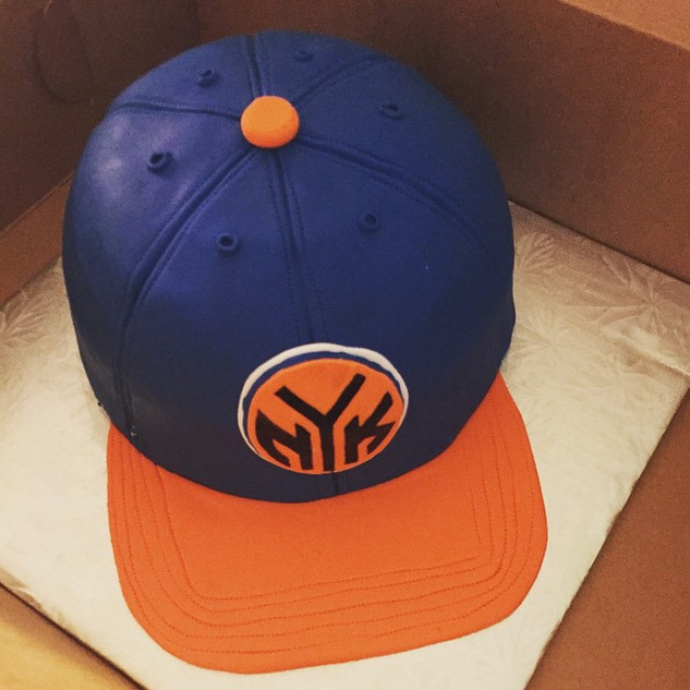 new york knicks cap cake