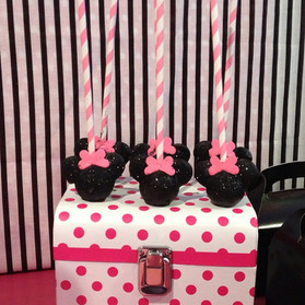 Minnie Mouse bling cake pops