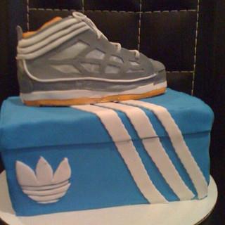 Adidas Sneaker mini cake