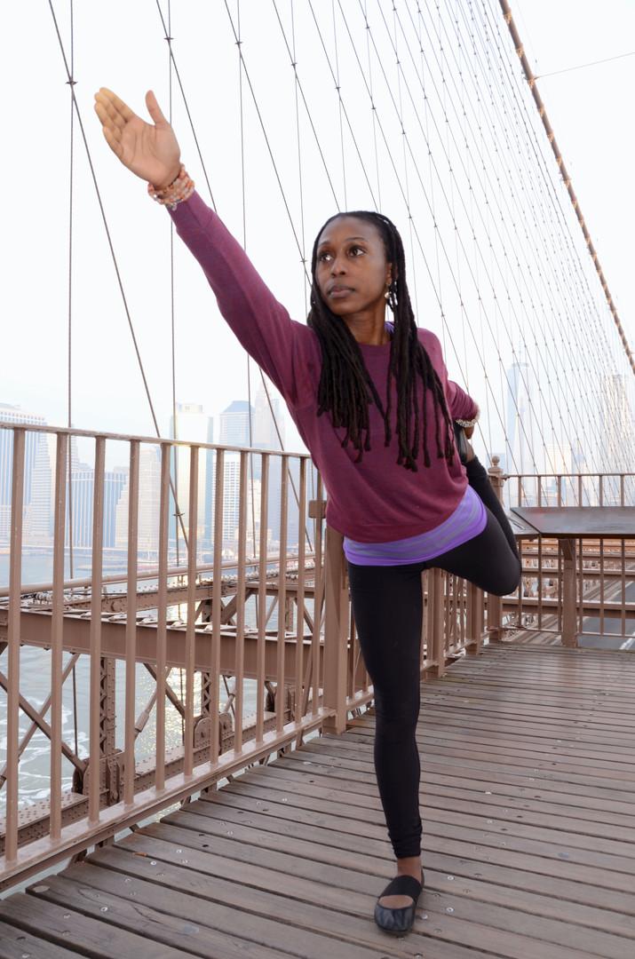 Kavisa Nourishing Justly Dancer pose
