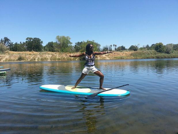 Kavisa Nourishing Justly SUP yoga