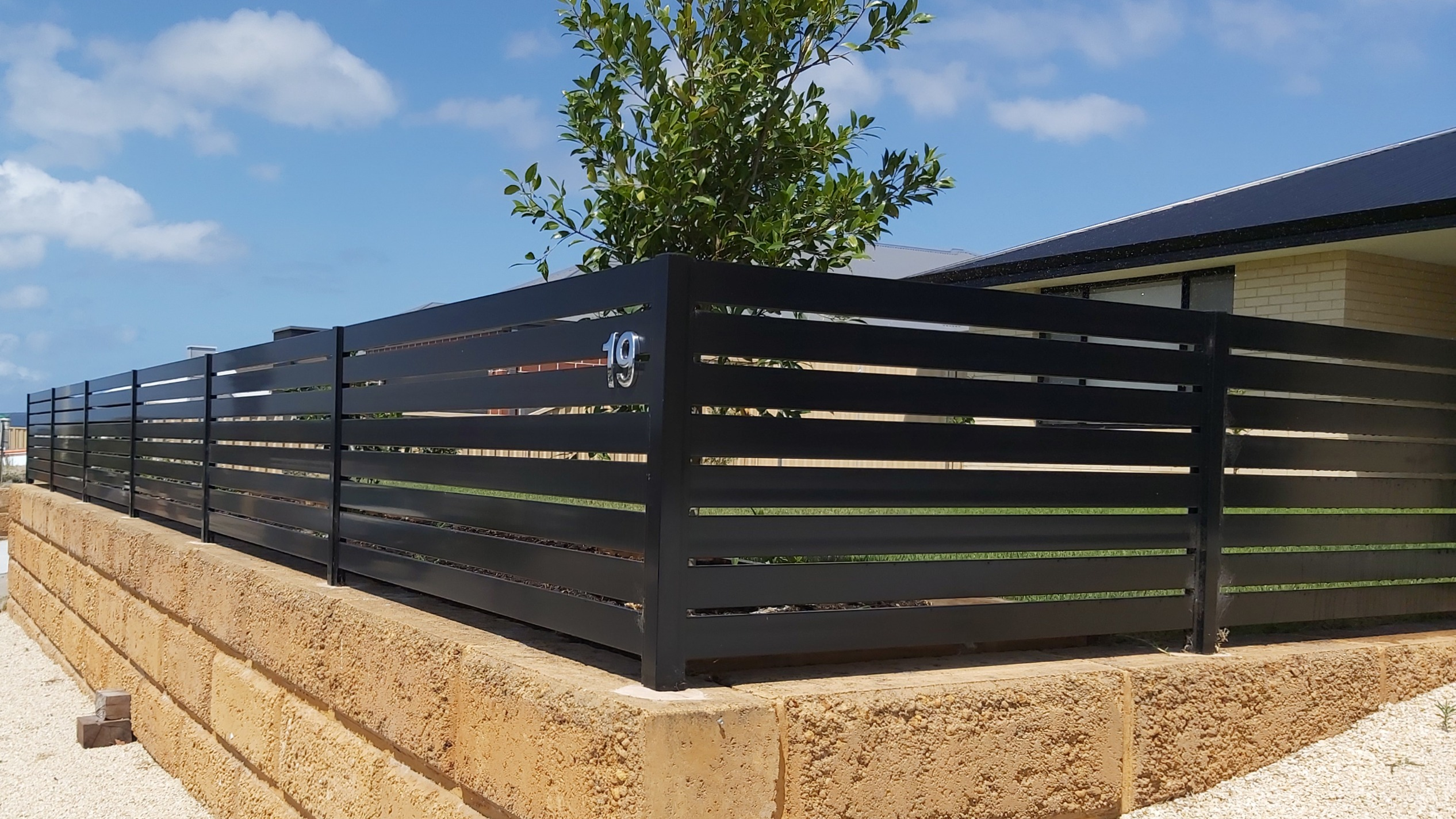 Limestone Retaining Wall with Aluminium