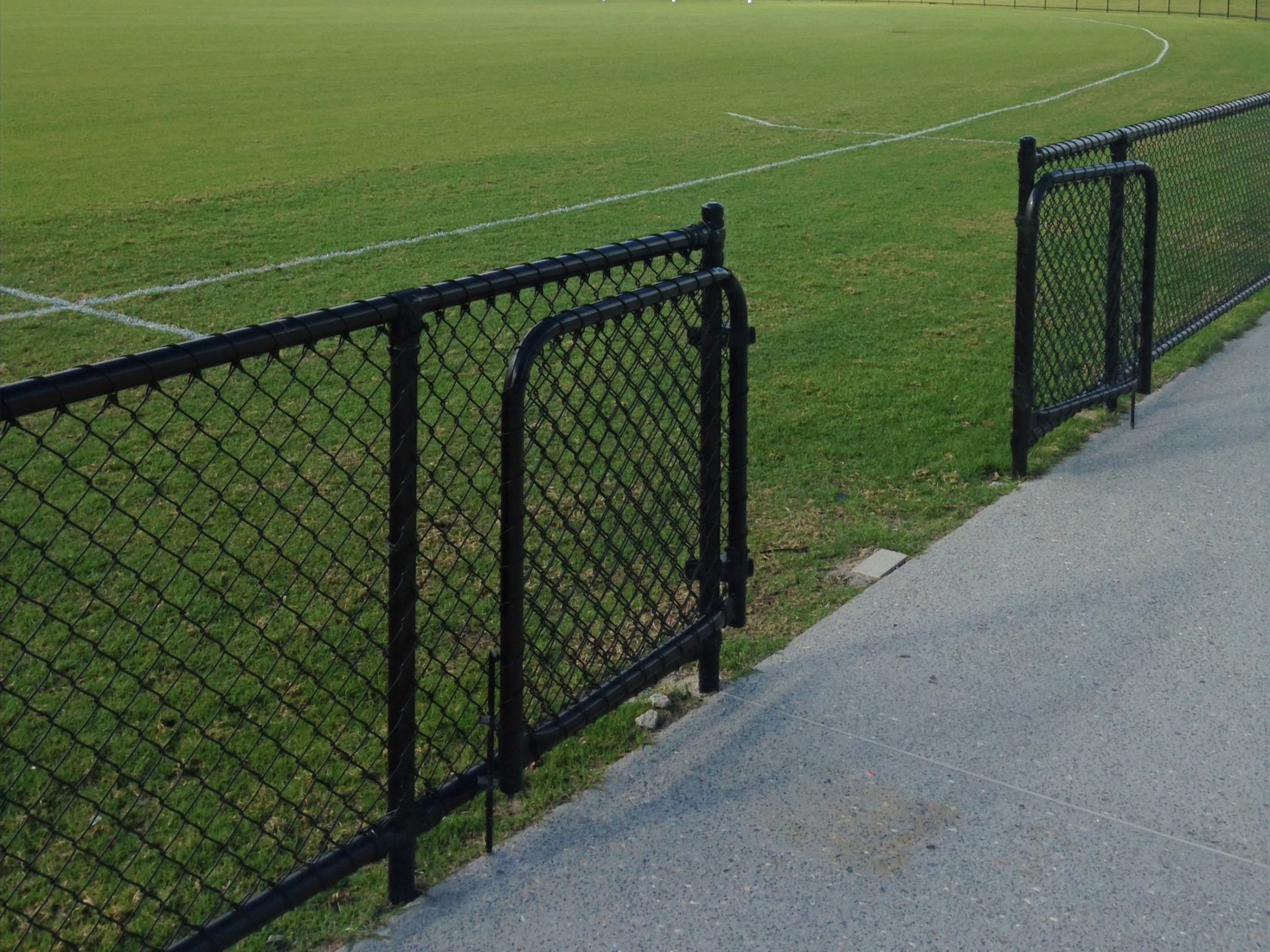 Chain Link Mesh with Gates
