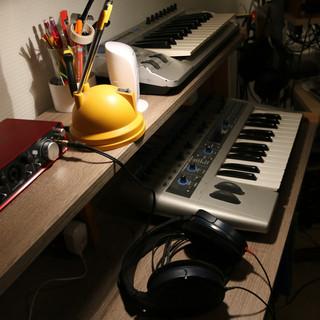 studio-canon-resize4.jpg