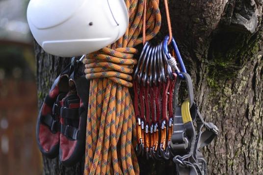 Rock-Climbing-Gear-List-751x500.jpg