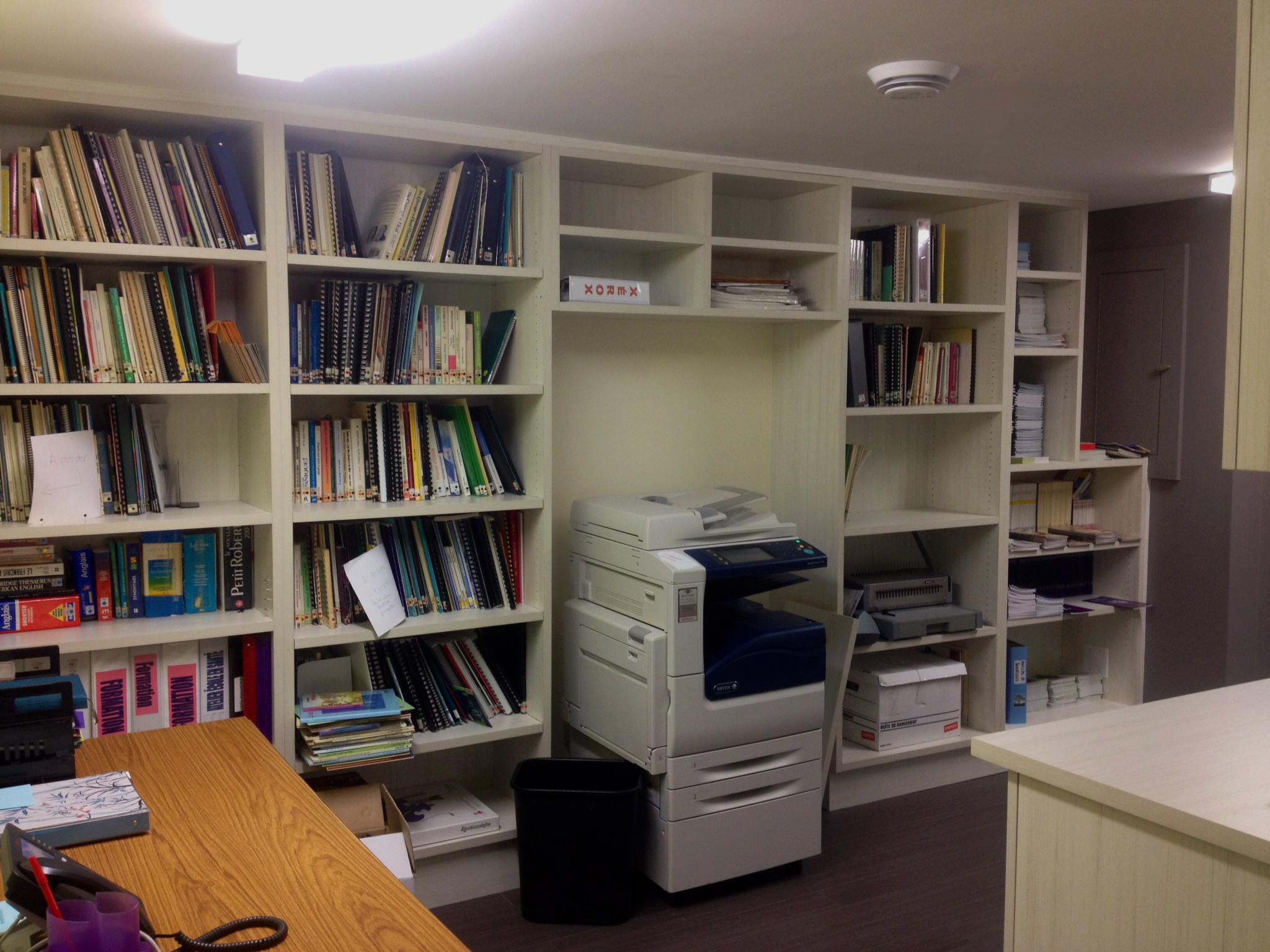 Meuble bibliothèque sur-mesure 2