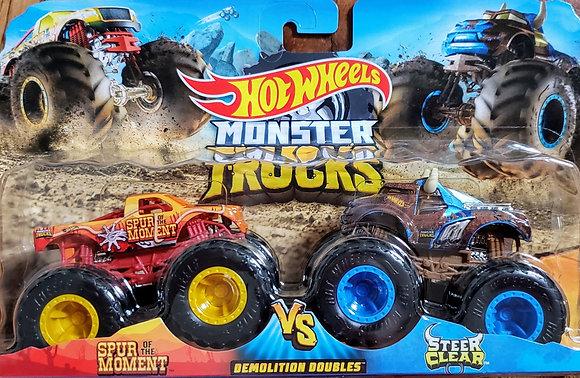Hot Wheels Monster Trucks - Demolition Doubles Spur of the Moment vs Steer Clea