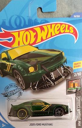 Hot Wheels Dream Garage - 2005 Ford Mustang